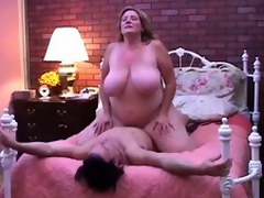 Nice-looking mature BBW can't live without round fuck