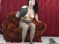 Pantyhose good-luck shred joy with regard to flawless milf in backstage