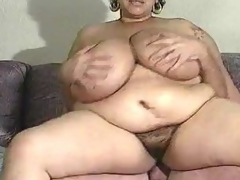 Mature BBW has indeed big mangos